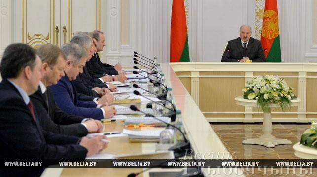 """""""Заставить работать тех, кто должен и может"""" - Александр Лукашенко ответил на все вопросы по декрету №3"""