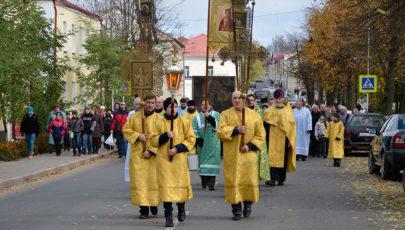 Епархиальный Крестный ход – по улицам Глубокого