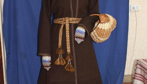 Міхайлоўская-А.,-касцюм-маладой-жанчыны