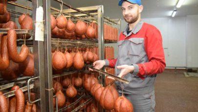 Ай-да вкуснятина: Глубокский мясокомбинат приступил к выпуску новой продукции