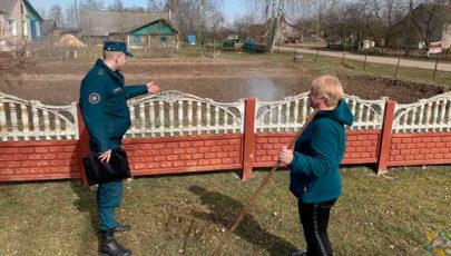 Сотрудники МЧС провели рейды по предупреждению палов сухой травы