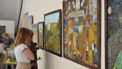 В Глубоком открылась выставка Людмилы Андилевко