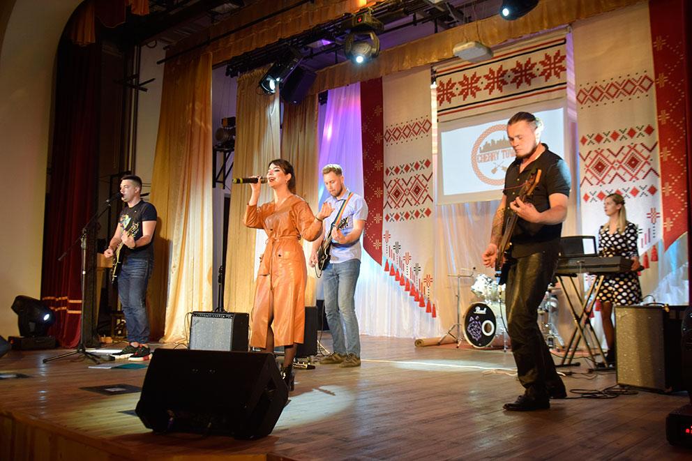 В ГДК состоялось торжество по случаю Дня работника культуры