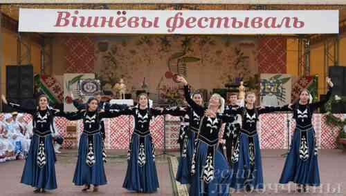 Вишнёвый фестиваль: этно-вечеринка (фоторепортаж)