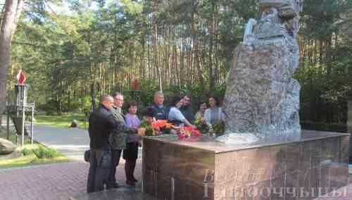 В канун Дня народного единства Глубокские эксперты почтили память погибших